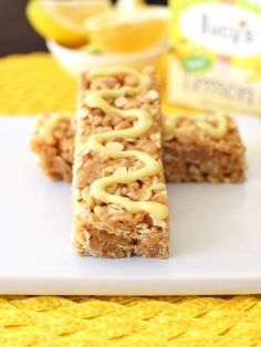 No-Bake Lemon Cookie Granola Bars! These lunchbox-worthy, chewy, crunchy bars are free of top allergens (yes, no nuts, dairy, etc), so all kids can enjoy them at school! Easy to make, even easier to enjoy! Oh yes, and adults love them too. Vegan, gluten-free, dairy-free, nut-free, peanut-free recipe.