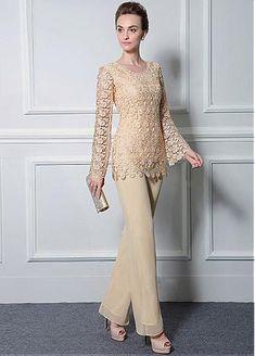 Romantic Pant Suits Chiffon & Lace Scoop Neckline Full-length Mother Of The Bride Dresses