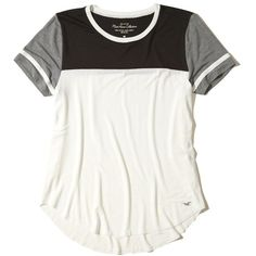 Hollister Must-Have Easy Colorblock T-Shirt (305 EGP) ❤ liked on Polyvore featuring tops, t-shirts, white with black, white crew neck t shirt, white t shirt, crewneck t shirt, white curved hem t shirt and white top