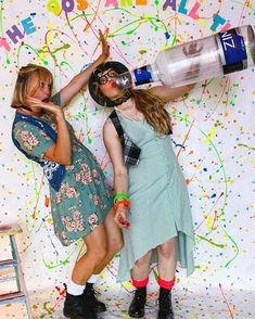 How fun! Love this 90s themed backdrop huge props at this party! #rentmyphotobooth Nice photo via #sweetpeaandpoppy