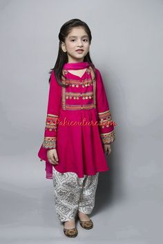 Girls Dresses Sewing, Dresses Kids Girl, Girl Outfits, Baby Girl Dress Patterns, Baby Dress Design, Kids Dressy Clothes, Kids Indian Wear, Kids Dress Wear, Baby Frocks Designs