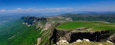 """¿De dónde viene nuestra riquísima agua? ;)  El manantial se encuentra en el parque natural de Urbasa-Andía en Navarra. Así que se podría decir que el agua mineral natural Belnature es navarrica ;) Por cierto, muy recomendable un """"paseillo"""" por el parque natural."""