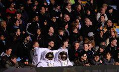 Astronautas simpatizantes del Aston Villa.