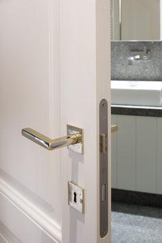 http://www.inspirerend-wonen.be/interieur-tip/ramen-deuren/design-deurklinkbauhaus-periode.html