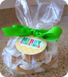Homemade Caramels Recipe / Six Sisters' Stuff   Six Sisters' Stuff
