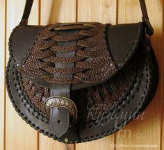 kooc: Сумка I'd exchange the shoulder  strap for belt loops and thigh strap.