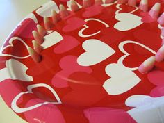 VALENTINE Minute to Win It games via Sassy Sites. Several cute twists on games to fit Valentine's Day. Will be using these for the third graders! Valentines Games, Valentines Day Activities, Valentines Gifts For Boyfriend, Valentines Day Party, Valentine Crafts, Valentine Ideas, Valentine Nails, Party Activities, Valentine's Day Party Games
