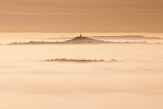 Glastonbury Tor through the mists of Avalon - Somerset, UK. Myth Stories, Morgan Le Fay, Mists Of Avalon, Glastonbury Tor, Secret Places, Stonehenge, Great Shots, Somerset, Britain