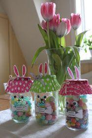 conigli da vasetto di vetro - bunny jar crafts for kids diy ideas Bunny Crafts, Easter Crafts For Kids, Rabbit Crafts, Easter Party, Easter Gift, Diy Gifts For Kids, Diy For Kids, Jar Crafts, Bottle Crafts