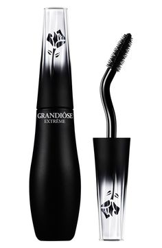 Lancôme Grandiôse Extrême mascara gives lashes exceptional volume, remarkable length and maximum lift. How to use: Start with your outer lashes. Hold the brush horizontally so the swan-neck design curves upward, so that it perfectly shapes and coats the outer and center lashline. Rotate the brush so that the swan neck is facing downward to apply formula easily to the inner lashline. The long bristles provide precision and suppleness. The short bristles load on the formula.