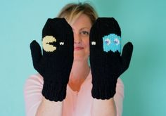 Video & Pattern Library > Tutorials   Learn to knit Gloves, socks, felted purse...etc