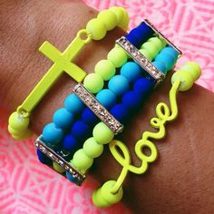 Neon Bracelets ☻                                                                                                                                                                  ⇜•ṄεΦЙ❉€яᗛƶΣ•⇝
