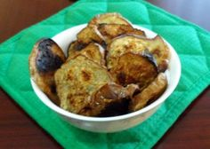 Baked Eggplant Chips - with wasabi soy sauce marinade! Wasabi Recipes, Veggie Recipes, Fall Recipes, Great Recipes, Yummy Recipes, Eggplant Chips, Baked Eggplant, Chips Recipe, Appetizer Dips