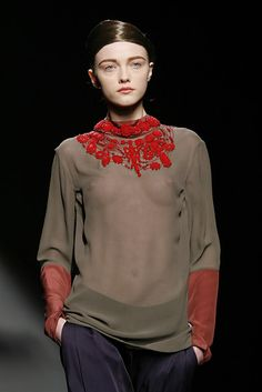 Dries Van Noten at Paris Fashion Week Fall 2007 - Runway Photos