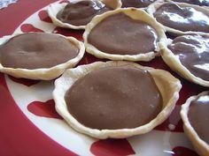 Chocolate Pudding Pies ((Vegan))
