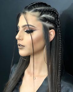 29 Trendy Braided Hairstyles For Long Hair To Look Amazingly Awesome : Page 8 of 26 : Creative Vision Design hair style – Hair Models-Hair Styles Side Braid Hairstyles, Frontal Hairstyles, Braided Hairstyles, Braided Ponytail, Braids Wig, Braids For Long Hair, Side Braids, Long Hair Dos, Very Long Hair