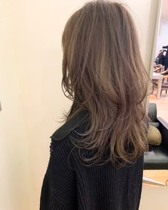 Blonde Hair Korean, Korean Medium Hair, Korean Long Hair, Medium Hair Cuts, Long Hair Cuts, Medium Hair Styles, Curly Hair Styles, Brown Hair Korean Style, Honey Brown Hair