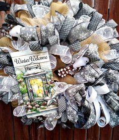 Tulle Wreath, Burlap Wreath, Deco Mesh Wreaths, Door Wreaths, Trendy Tree, Christmas Wreaths, Winter Wreaths, How To Make Wreaths, Making Ideas