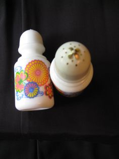 Vintage AVON Salt and Pepper Shakers RETRO by donasserendipity, $7.00