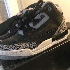 811704b02 Shop Women's Air Jordan Black Gray size 5 Sneakers at a discounted price at  Poshmark.