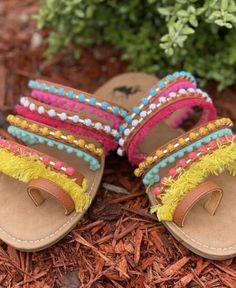 Stellas Shabby Boutique    Fun in the Sun Sandals $39.95  #outfitoftheday #styleoftheday  #outfitinspiration #ootd #onlineboutique #boutique #onlineshopping #fashion #love #shopsmall #trend #style #fashion #womensclothing #shoplocal #styleblogger #womensfashion #wearitloveit #2020fashion #casualstyle #casualoutfit #sandals #platforms #summer #slipon