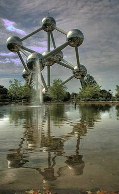 Our #PoliticalScience students see this fascinating structure on their #Belgium trip every year: http://spain.slu.edu/academics/academic_trips/docs/POLS-454.pdf.