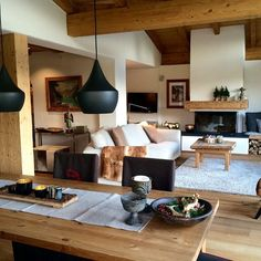 100 Wonderful Rustic Living Room Decor Ideas And Remodel - Page 9 of 144 - Afshin Decor Living Room Remodel, Home Living Room, Living Room Designs, Living Room Decor, Living Spaces, Rustic Living Rooms, Chalet Interior, Home Interior Design, Sweet Home