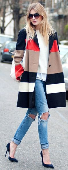 Street style. color blocking, layering, distressed jeans, blue pumps