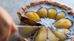 Recipe for Dirk's saffron, pear and chocolate tart