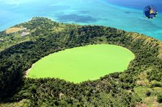 Mayotte, le plus grand lagon de l'océan Indien...  A l'abri des fureurs de l'océan, c'est un havre de paix pour une faune et une flore très diversifiées. Baleines, dauphins, tortues et poissons y ont élu domicile dans ces protectrices murailles vivantes. Mayotte c'est aussi plus d'une centaine de plages de sable blond, noir ou ocre qui incarnent  l'image paradisiaque tant vantée du lagon turquoise bordé de sable blanc.  @CDT Mayotte  #mayotte #EDEN #outremer