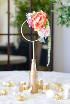 This gorgeous craft consists of anything and everything Harry Potter! Harry Potter Quidditch Bridal Shower Centerpiece complete with Golden Snitches. MichaelsMakers Design Dazzle