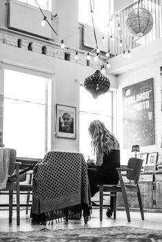 A beautiful photography studio in Hanko | Stella Harasek. Photo by Jarno Jussila.