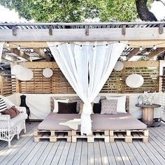 Pergola decorations that create an open, but private, outdoor space. Outdoor Rooms, Outdoor Living, Outdoor Decor, Outdoor Pallet, Outdoor Beds, Outdoor Bedroom, Outdoor Lounge, Gazebos, Outside Living