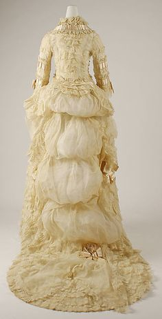 Dress (image 4)   American   1870s   cotton   Metropolitan Museum of Art   Accession Number: 1993.35.2a–c