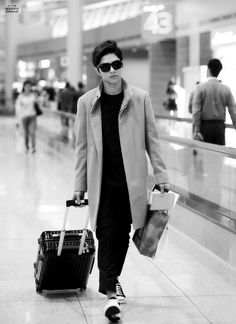 handsome and cool Kpop Fashion, Korean Fashion, Airport Fashion, Korean Celebrities, Celebs, Kim Song, Kim Myungsoo, L Infinite, Boy Idols