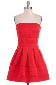 39 Red Dresses That Will Steal the Spotlight At Prom  $75