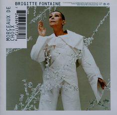 """Déborah - inspiration costume procès pour """"Jeanne"""" Old Person, Jeanne, Album, Costume, Film, Chef Jackets, Indie, Coat, Beautiful"""