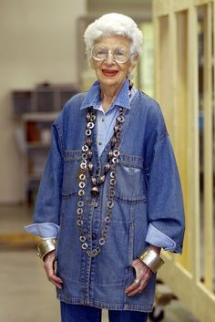 Young Iris Apfel | Forever Young on Pinterest | Iris Apfel, Old Ladies and Aging ...