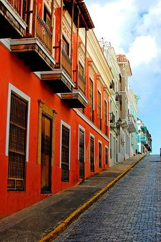 Colorful Old San Juan, Puerto Rico  Been here....would love to return •♥•