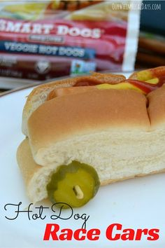 Meal time is more fun when it's a race car! And only takes 5 minutes to make - cute idea! Easy Meals For Kids, Summer Activities For Kids, Kids Meals, Hot Dog Buns, Hot Dogs, Good Food, Yummy Food, Fun Food, Amazing Race