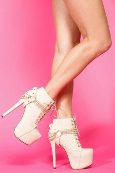 f24cfe52c60 Buy Glaze Cream Quilted Lace Up Platform Booties with cheap price and high  quality from Cicihot.Our booties shoes look great with any look!