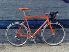 Yamaguchi Aero Road. Gotta love that matching orange Selle Italia Flite