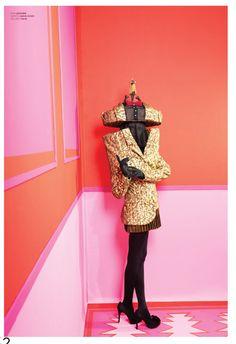 Editorial 'Freaky Love Triangle' fotografiado por Madame Peripetie para Umbigo #35