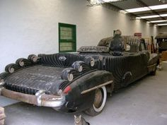 Discover Argentine Vintage Funeral Cadillacs in Caleu Caleu Department, Argentina: The clients of these mysterious hand-crafted funeral cars took their last ride in style. Strange Cars, Weird Cars, Funeral, Flower Car, Cadillac Fleetwood, Unique Cars, Barn Finds, Old Cars, Vintage Cars