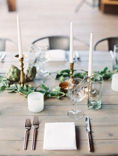 Simplistic modern wedding table decor: http://www.stylemepretty.com/2016/11/21/utah-wedding-in-the-mountains/ Photography: D'Arcy Benincosa - http://www.benincosaweddings.com/
