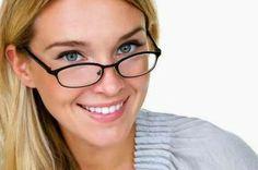 Cum să ai un zâmbet frumos!? Each Day, Girls With Glasses, Eye Glasses, Feel Good, 50th, Healthy Lifestyle, Take That, Slim, Skinny