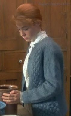 Anne Shirley, Sweater Knitting Patterns, Knitting Designs, Anne Of Avonlea, Megan Follows, Gilbert Blythe, Kindred Spirits, How To Purl Knit, Blue Cardigan