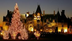 Biltmore at Christmas     On Christmas Eve 1895, George Washington Vanderbilt first opened Biltmore House in Asheville, North Carolina, to family and friends. The 250-room French Renaissance chateau took six years and 1,000 men to build.