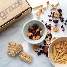 Graze, a snack delivery for those who want to expand their palate for healthy munchies. Snack Boxes Healthy, Healthy Munchies, Healthy Snack Options, Snack Recipes, Healthy Recipes, Graze Box, Tasty, Yummy Food, Fitness Gifts