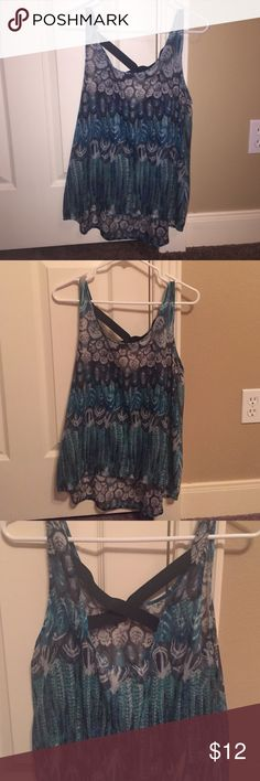 Tank top Perfect condition really pretty. Especially with a teal or black cardigan Chloe K Tops Tank Tops